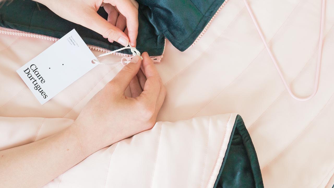 Studio Fire Work, Créatrice de mode responsable à Paris, Claire Dartigues, étiquettes vêtements
